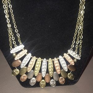 Jewelry - 3 tone chain necklace